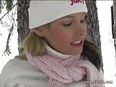 Amazing Teen Zuzanna Warms Up In The Snowed Outdoors Rubbing Herself And Bringin