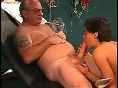 Grandpa sucked by nurse in dr s office2