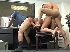 Old dudes office anal sex with babe